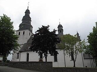 Hallenberg - Image: Hallenberg, Sankt Heribertkirche foto 6 2010 08 11 11.13