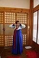 Hanbok bowing.jpg