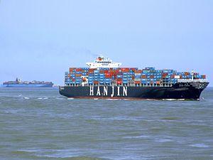 Hanjin Tianjin p8 approaching Port of Rotterdam, Holland 08-Jul-2007.jpg
