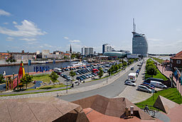 """Overview over Havenwelten in Bremerhaven photographed from the zoo at the sea (""""Zoo am Meer"""")"""