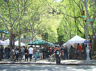 Hester Street (Manhattan) - The Hester Street Fair on a typical weekend afternoon