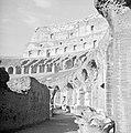 Het Flavisch amfitheater ofwel Colosseum, Bestanddeelnr 191-1221.jpg