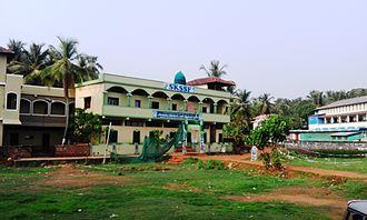 Pallikkal Bazar - Sunni Madhrassah in Pallikkal Bazar T-junction