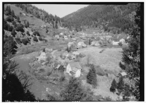 Historic American Buildings Survey Roger Sturtevant, Photographer Mar. 29, 1934 GENERAL VIEW FROM WEST - Downieville, General View, Downieville, Sierra County, CA HABS CAL,46-DOWNV,1-2.tif