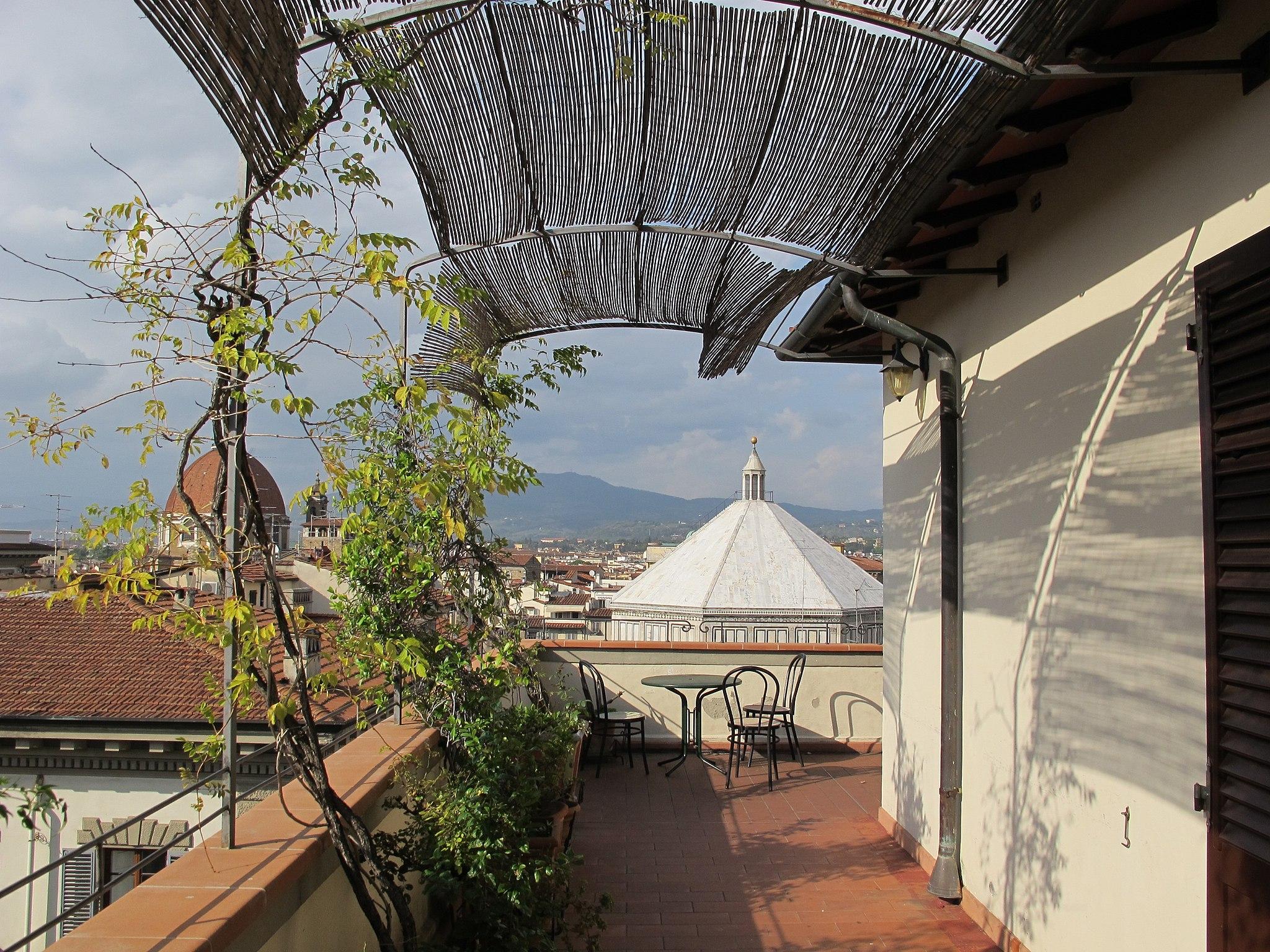 Hotel medici, terrazza, veduta battistero 01