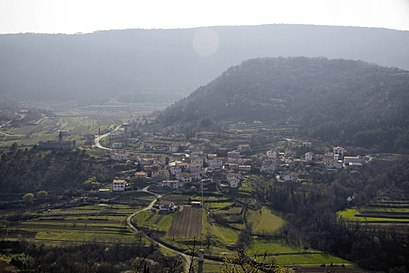 How to get to Hrastovlje with public transit - About the place