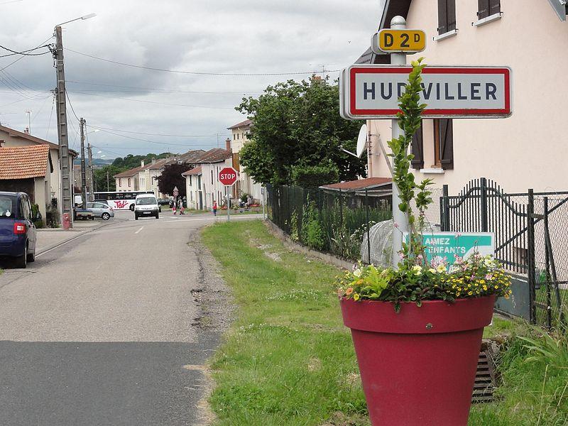 Hudiviller (M-et-M) city limit sign