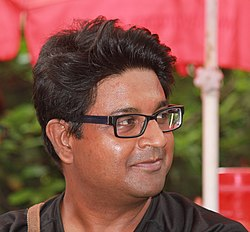 Humid weather could not resist wiki editors to meet and discuss Indrajit Das (cropped).jpg
