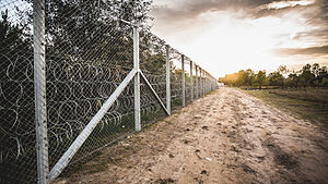 Hungarian border barrier - Image: Hungary Serbia border barrier
