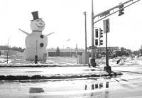 Hwy36-snowman.jpg
