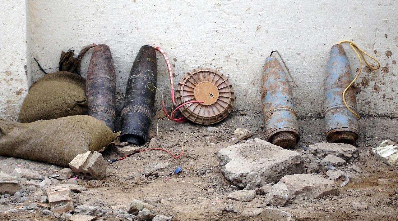 نظم مكافحة الالغام وعبوات IED 1280px-IED_Baghdad_from_munitions