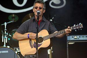Iain Matthews - Image: Iain Matthews at Cropredy 2007