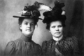 Immigrant.women.in.hats.png