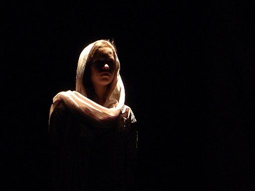 Incendies (pièce de Mouawad) au théâtre Lise-Guèvremont