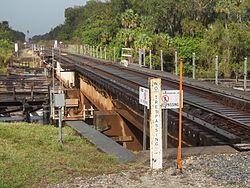 Indiantown FL old FEC railroad bridge04.jpg