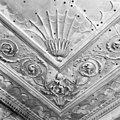 Interieur kamer, stucplafond, detail stucwerk, eerste helft achttiende eeuw - Leiden - 20337197 - RCE.jpg