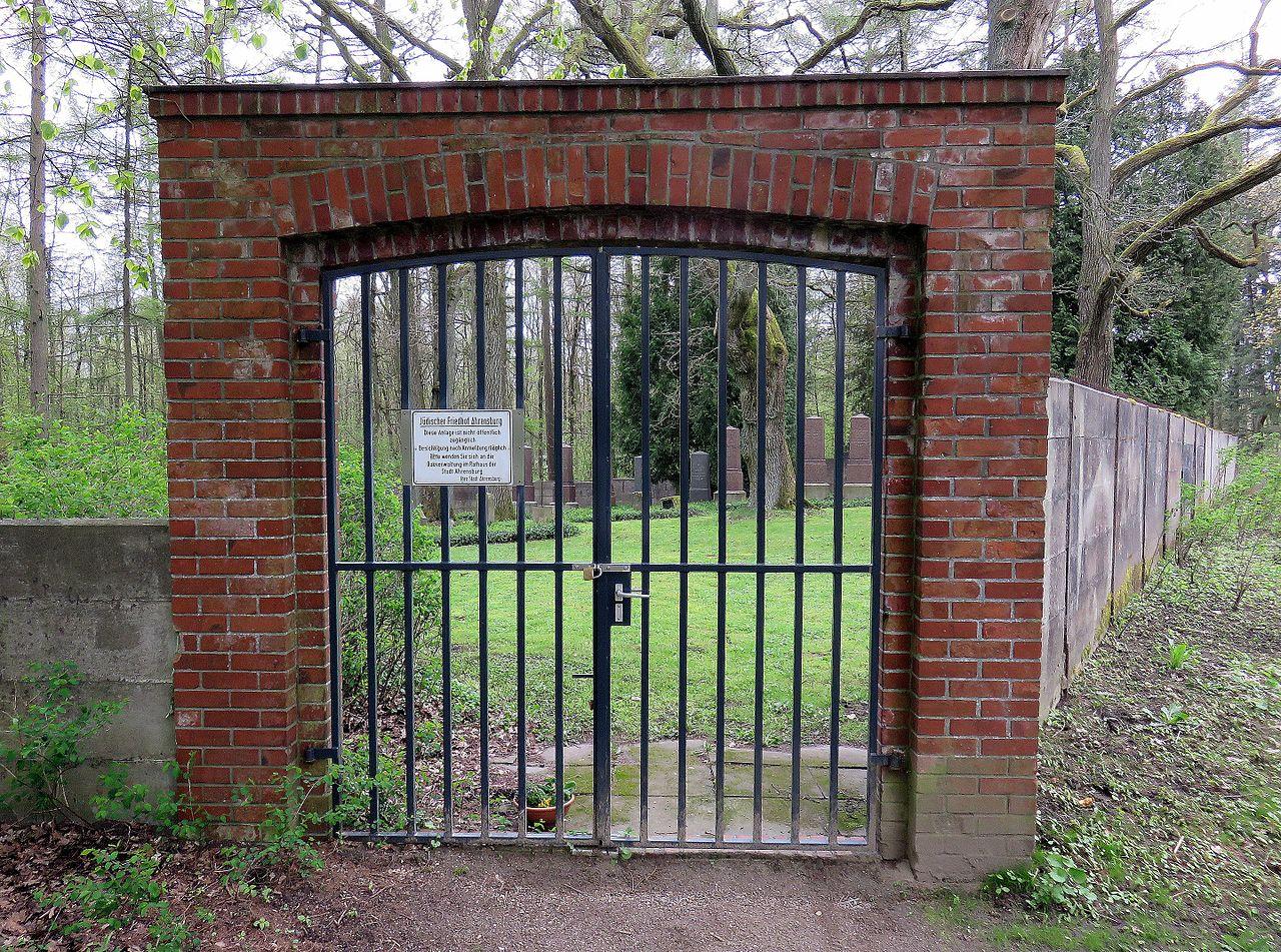 Jüdischer Friedhof Ahrensburg1.jpg