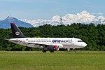 "JY-AYP Airbus A319-132 A319 - RJA ""oneworld"" (27325059205).jpg"