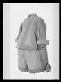 Jacka av grå sidenrips - Livrustkammaren - 1643.tif