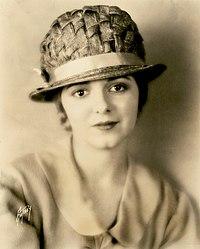 Janet Gaynor - Sunrise (1927).jpg