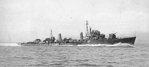 Japanese destroyer Maki 1944.jpg
