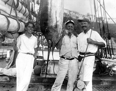 Joe Russell and Ernest Hemingway with a marlin, Havana Harbor, 1932.jpg