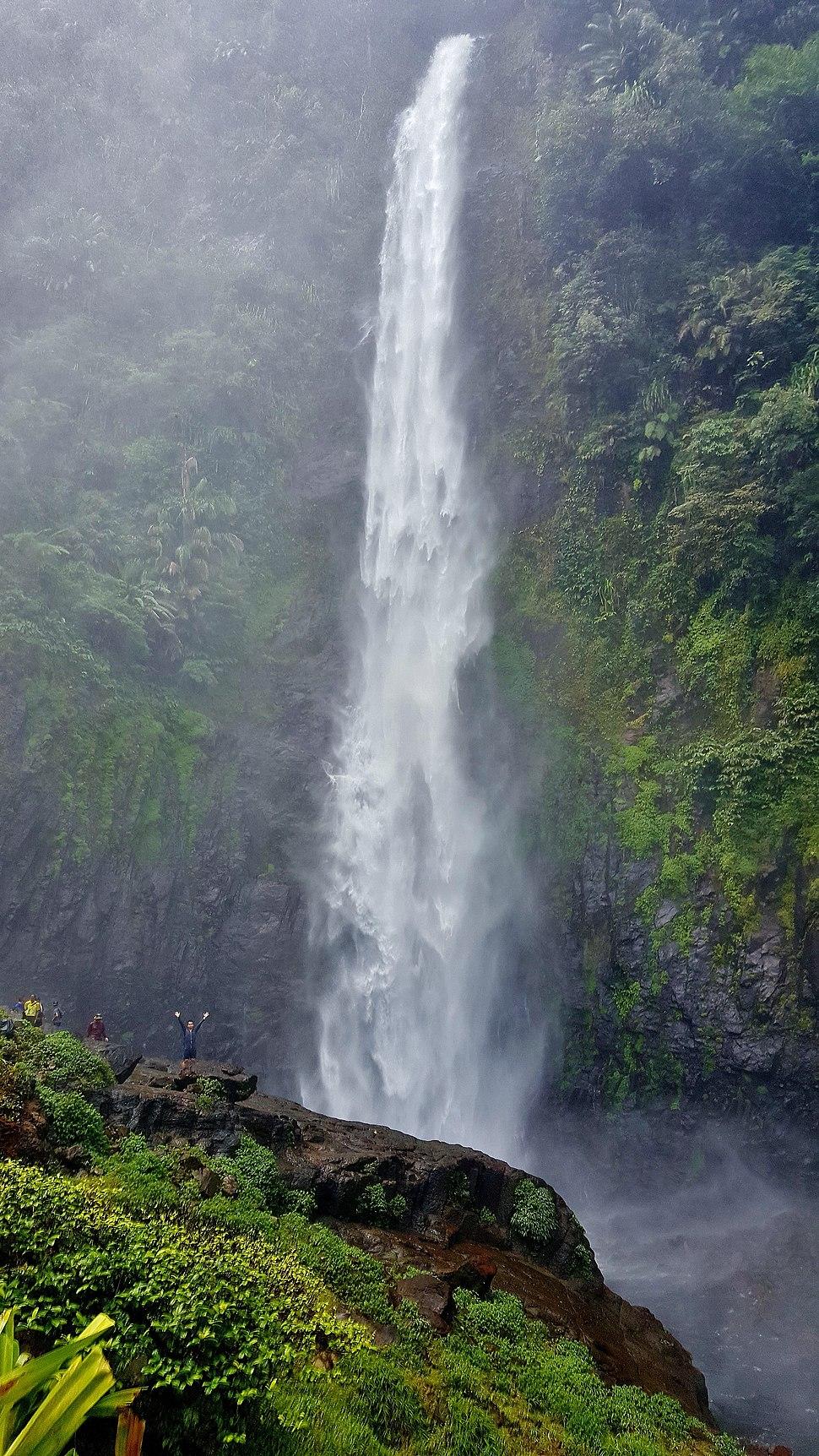 Julan waterfall 01