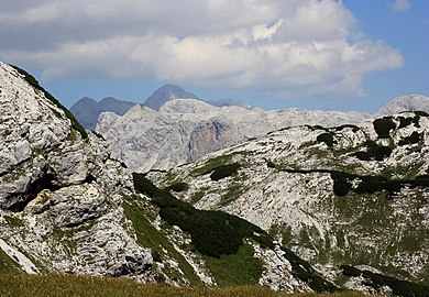 Julian Alps high mountain summits and ridges 2013-08-17.jpg
