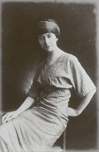 Juliette Roche - Juliette Roche Gleizes, c.1913, Paris