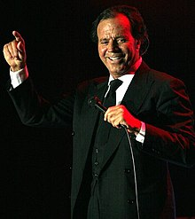 Iglesias in 2005