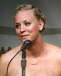 Kaley Cuoco Comic-Con 2012.jpg