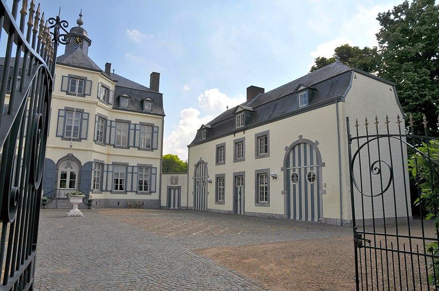 Kasteel Obbicht, rechter bouwhuis