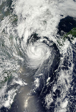 Khanun at peak intensity Jul 18 2012.jpg