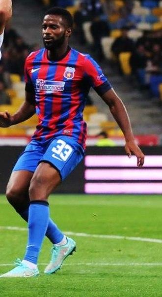 Fernando Varela (Cape Verdean footballer) - Varela in action for Steaua București in 2015