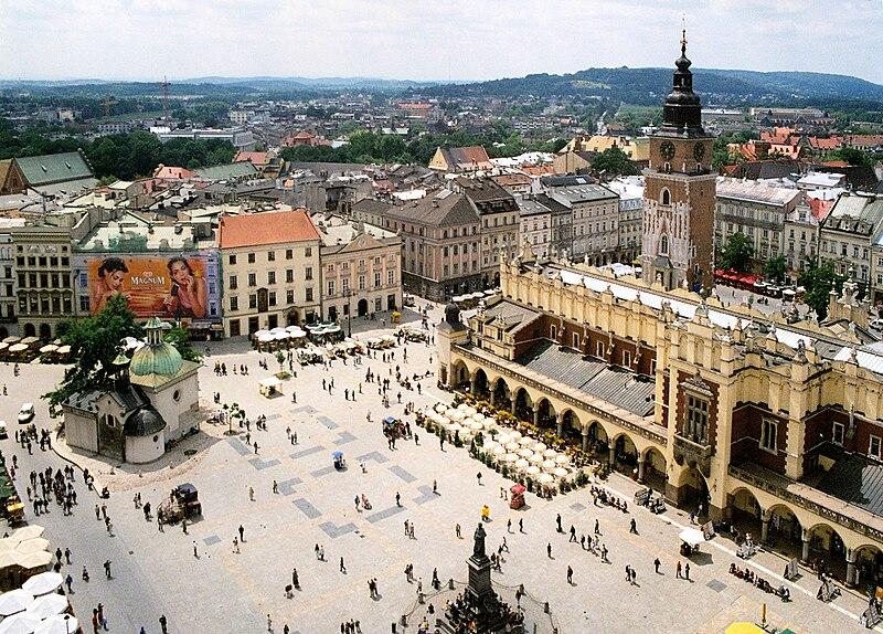 http://upload.wikimedia.org/wikipedia/commons/thumb/a/a5/Krakow_rynek_01.jpg/800px-Krakow_rynek_01.jpg