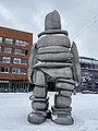 Kunst op het Burgemeester van Stamplein in de sneeuw pic1.JPG