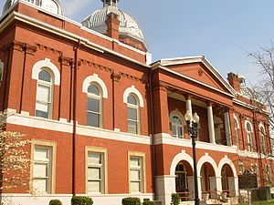 Chambers County Courthouse in Lafayette, Alabama