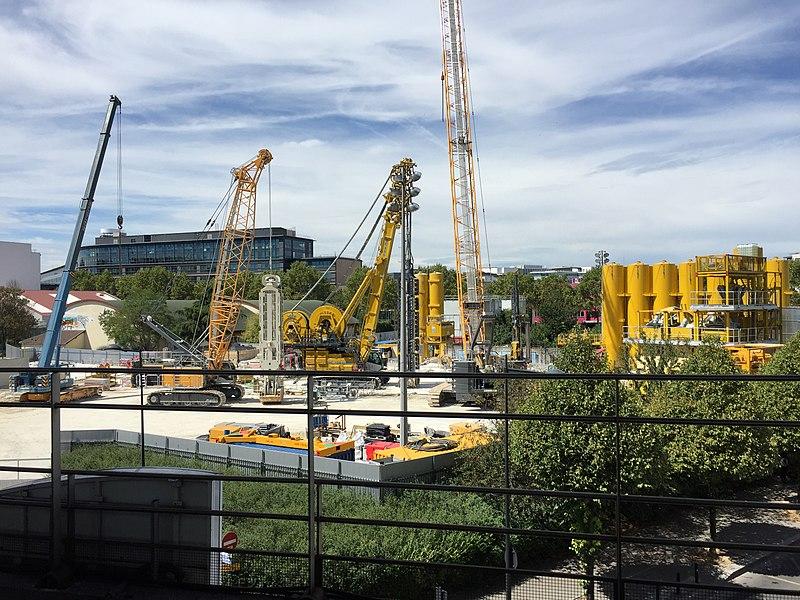 File:La Plaine - Stade de France - chantier Grand Paris Express 01.jpg