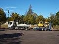 Lainsecq-FR-89-place foirail-camion & excavateur-01.jpg