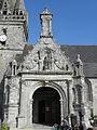 Lanhouarneau (29) Église 07.JPG