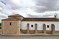 Ledaña, Ermita de San Roque, fachada lateral.jpg