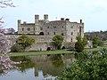 Leeds Castle 2004 3.jpg