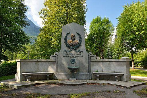 Leopold Hasner monument 01, Bad Ischl