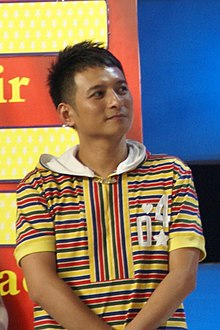 Li Weijia on Hu Nan TV.jpg