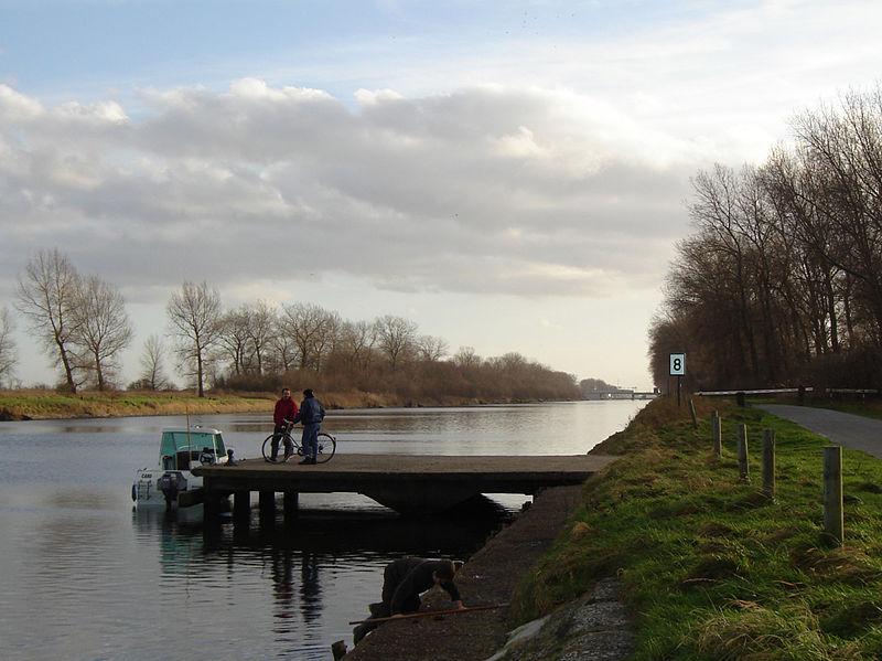File:Lissewege - Boudewijnkanaal 2.jpg