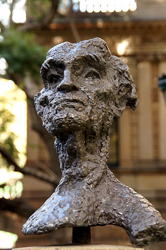 Lloyd Rees - Sculpture of Lloyd Rees by Lawrence Beck at the Town Hall of Sydney, Australia