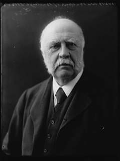 Alexander Bruce, 6th Lord Balfour of Burleigh British politician