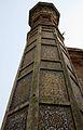 Low angle of a minarat Chauburji, Lahore.jpg