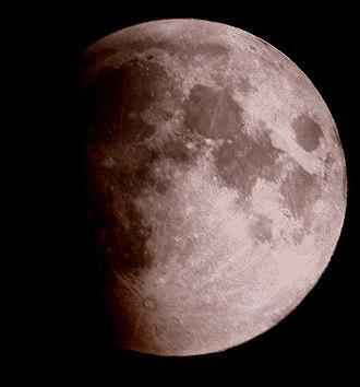 Tycho (lunar crater) - Image: Lunar 2007 eclipse Liam G
