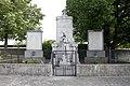 Mönchhof - Soldatendenkmal.JPG
